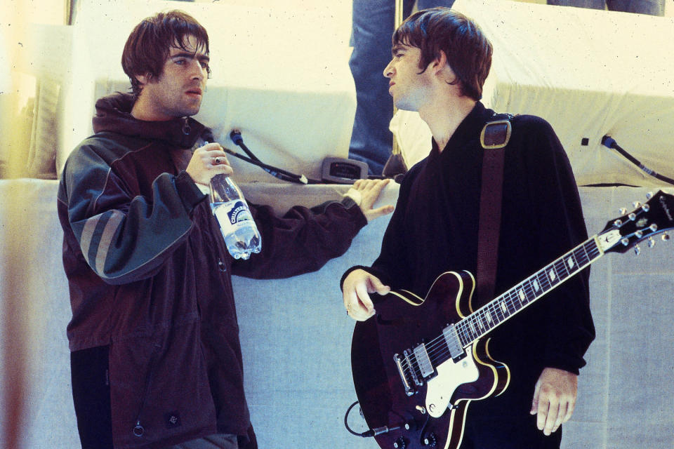 Photo of Noel GALLAGHER and Liam GALLAGHER and OASIS - Credit: Des Willie/Redferns/Getty