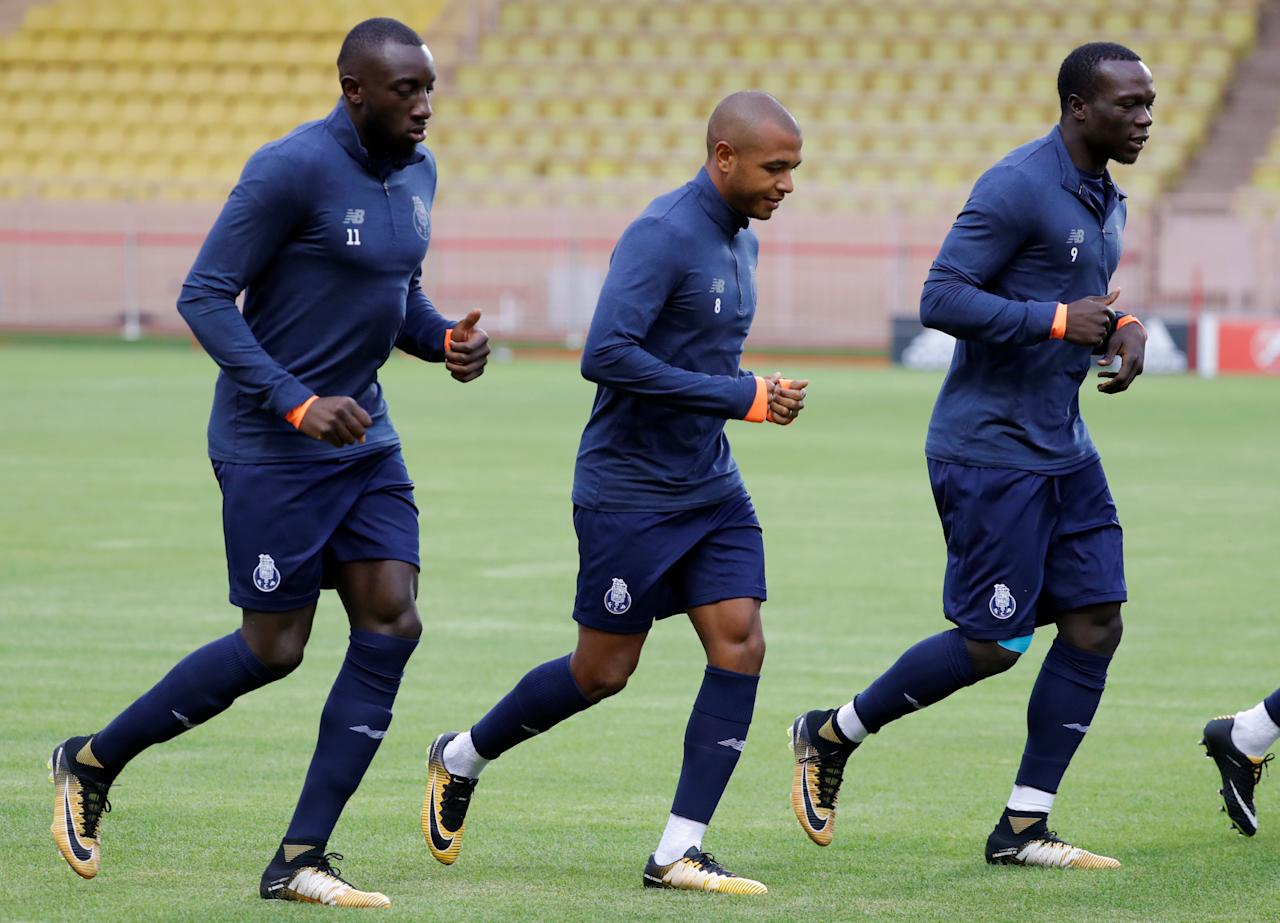 Soccer Football - FC Porto Training - Stade Louis II, Monaco - September 25, 2017   FC Porto's Moussa Marega, Yacine Brahimi and Vincent Aboubakar during training   REUTERS/Eric Gaillard