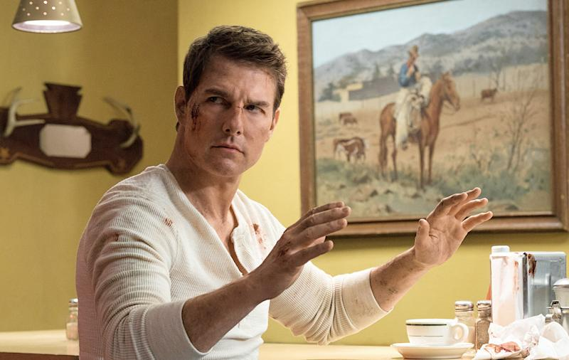 Tom Cruise Won't Be in the   Jack Reacher TV Show Because His Hands Aren't Thanksgiving Turkey-Sized