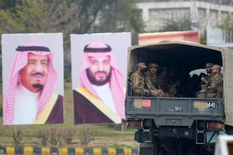 Pakistan has laid on a lavish welcome for the Saudi crown prince, including a 21-gun salute and fighter jet escort