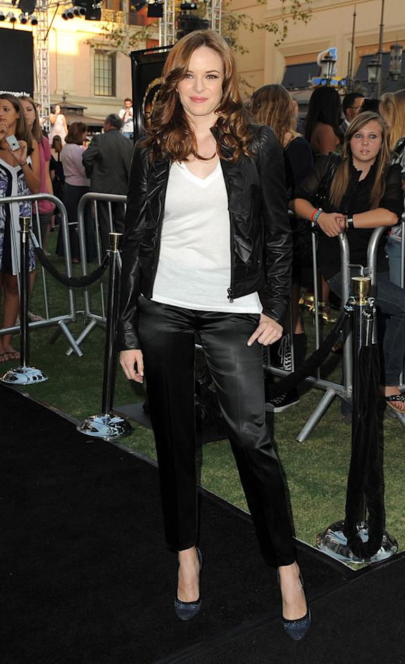 "<a href=""http://movies.yahoo.com/movie/contributor/1808508069"">Danielle Panabaker</a> at the Los Angeles premiere of <a href=""http://movies.yahoo.com/movie/1810033914/info"">Fame</a> - 09/23/2009"