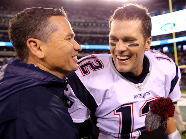 Tom Brady has depended on Alex Guerrero, left, as his trainer for years. (Getty)