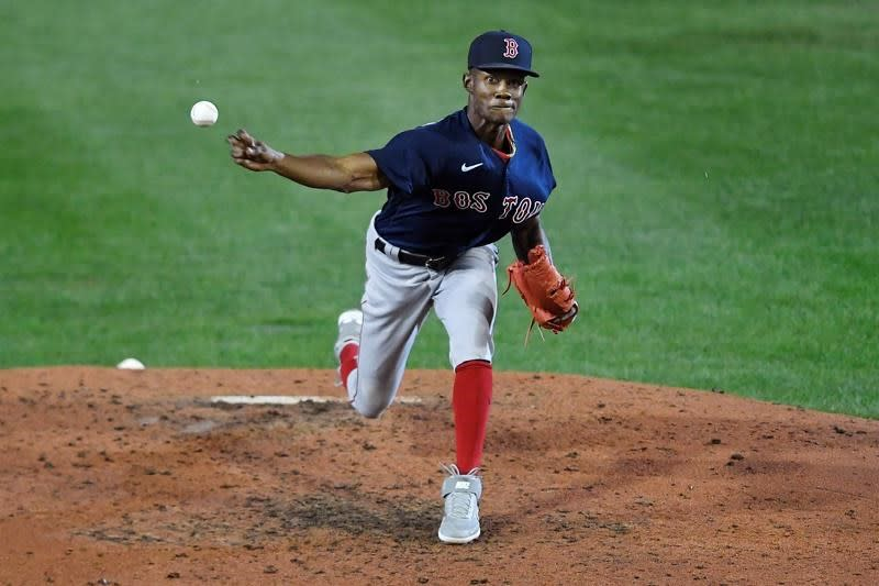 Devers hits 3-run triple, Red Sox rally to beat Blue Jays