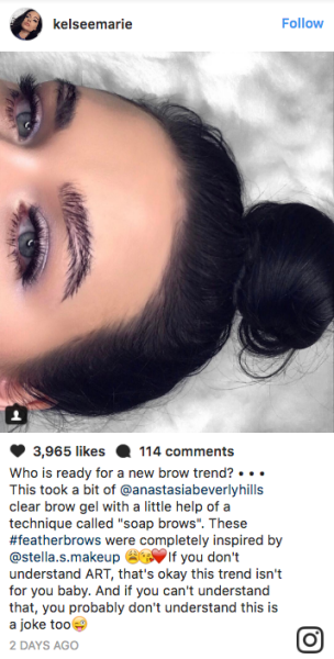 Beauty bloggers on Instagram have invented an eyebrow style called #FeatherBrow that literally look like feathers, and it's causing division among commenters.