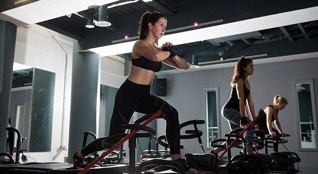 The workout involves using a 'megaformer bed' to do slow, weights-based exercises [Image: Studio Lagree]
