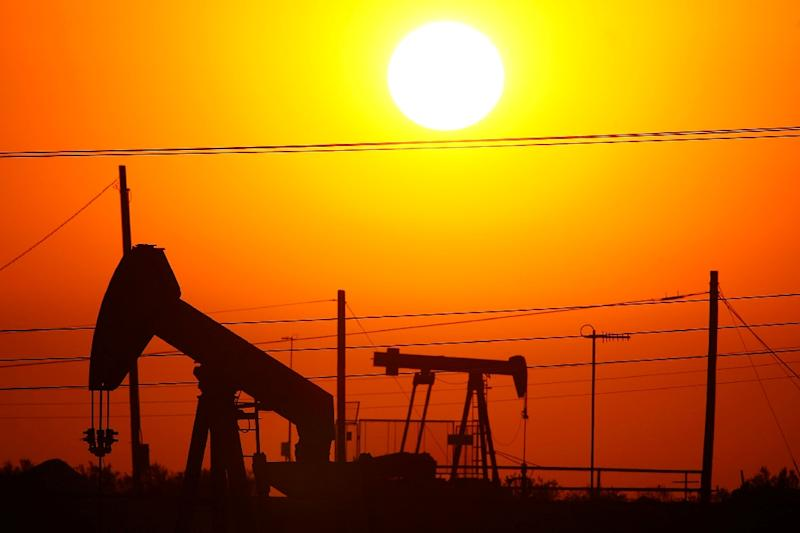 The outlook is bright for the oil industry, for now (AFP Photo/DAVID MCNEW)