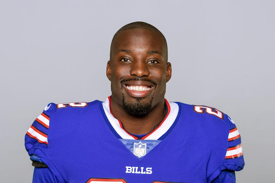 Vontae Davis of the Bills reportedly said he was quitting football at halftime of Buffalo's Week 2 game. (AP)