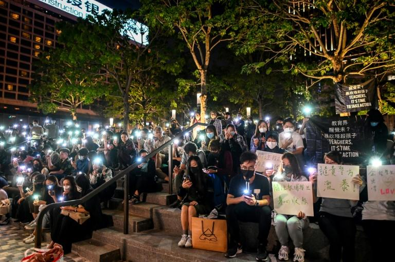 Public protests have been held outside the PolyU campus in Hong Kong, in support of those barricaded inside (AFP Photo/YE AUNG THU)