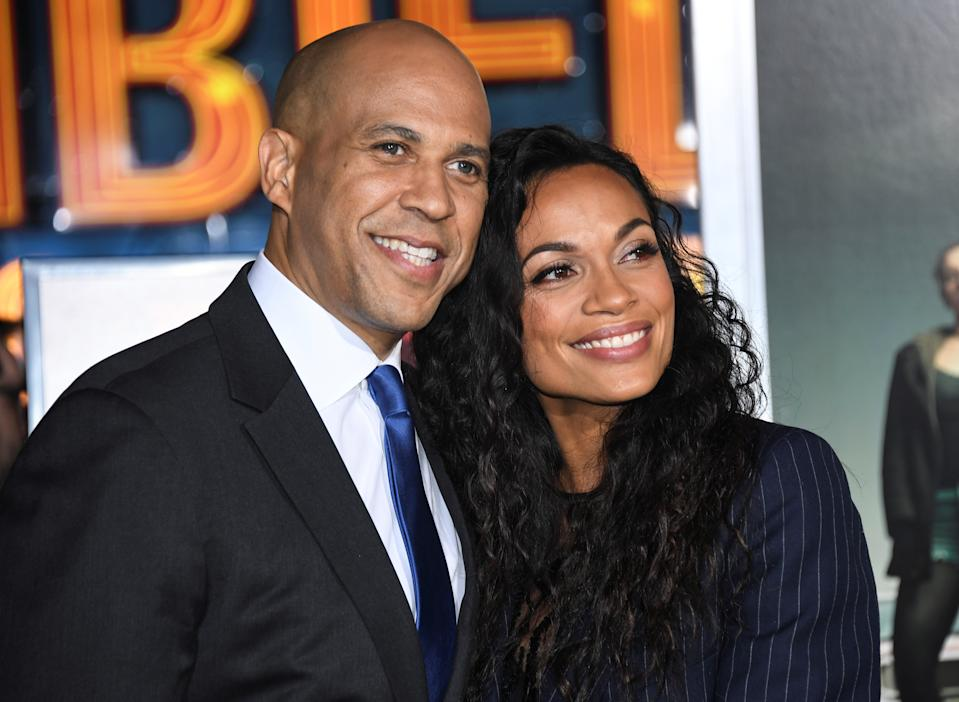 Cory Booker and Rosario Dawson have no plans to get engaged over the holidays. (Photo: REUTERS/Phil McCarten)