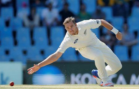 Cricket - New Zealand v South Africa - second cricket test match - Centurion Park , Centurion , South Africa - 28/8/2016 New Zealand's Tim Southee attempts to field a ball. REUTERS/Siphiwe Sibeko