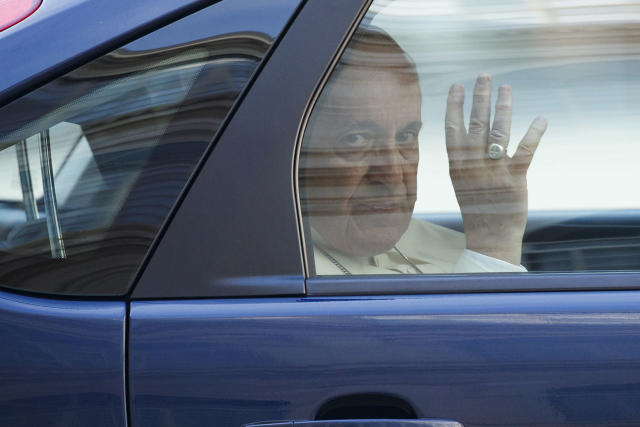 <p>Pope Francis waves as he leaves in a car after meeting with U.S. President Donald Trump, May 24, 2017, at the Vatican. (Photo: Evan Vucci/AP) </p>