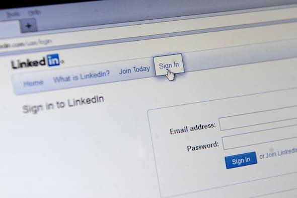 Passwords stolen from LinkedIn