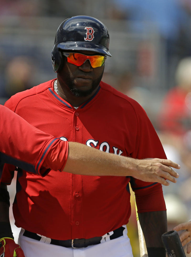 Ortiz, Red Sox agree to 2015 contract plus options