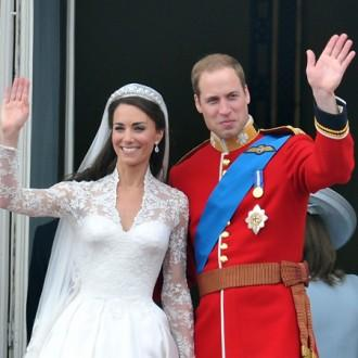 Duchess Catherine visits wedding dress exhibition