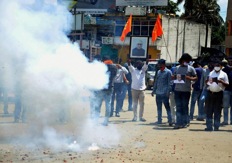 Chikmagalur: BJP activists celebrate after the verdict on Babri mosque demolition case by the special CBI court, in Chikmagalur, Wednesday, Sept. 30, 2020. (PTI Photo)(PTI30-09-2020_000107B)
