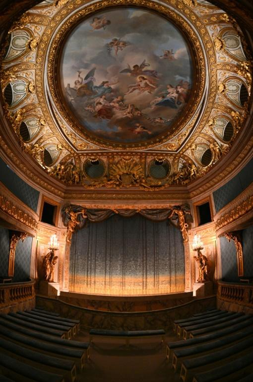 It is the only 18th century theatre in France to still have its original working machinery