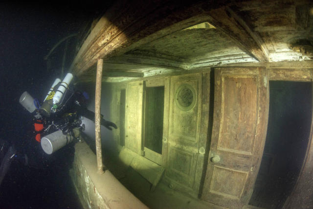 "<p>Schott, 35, said: ""Visiting it was really like going back in time and it had a very haunting feel to it.""(Photo: Becky Kagan Schott/Caters News) </p>"