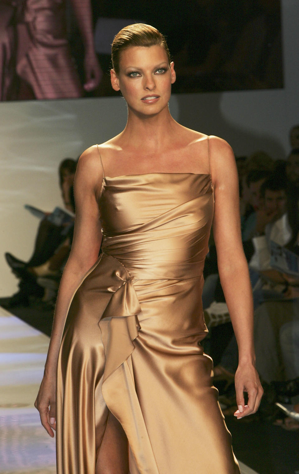 SYDNEY, AUSTRALIA - AUGUST 11:  Super model Linda Evangelista wears Collette Dinnigan at the David Jones Spring Summer Collections Launch at the Cook + Phillip Park August 11, 2004 in Sydney, Australia.  (Photo by Patrick Riviere/Getty Images)