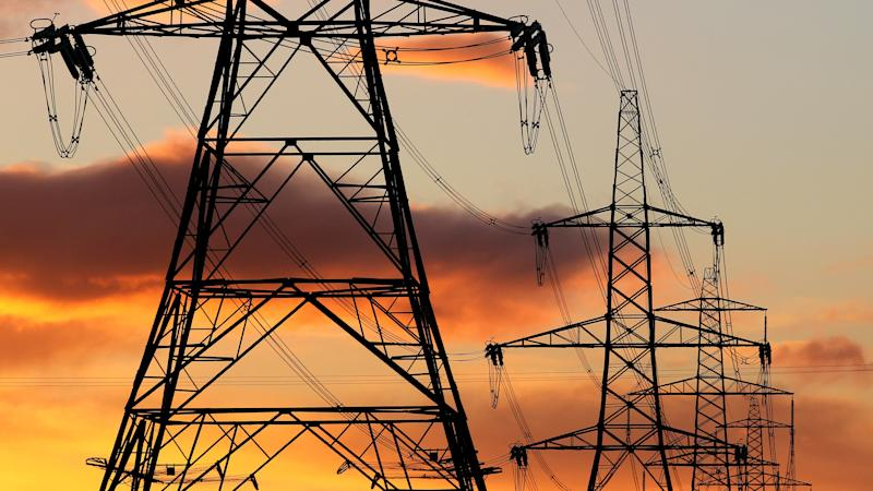 Two dozen electricity companies collapsed last year