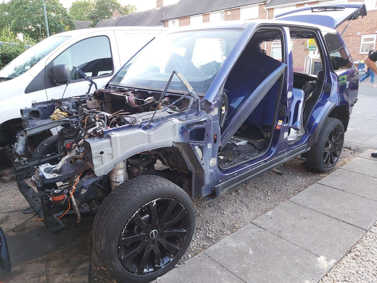 Range Rover found stripped in the street after police