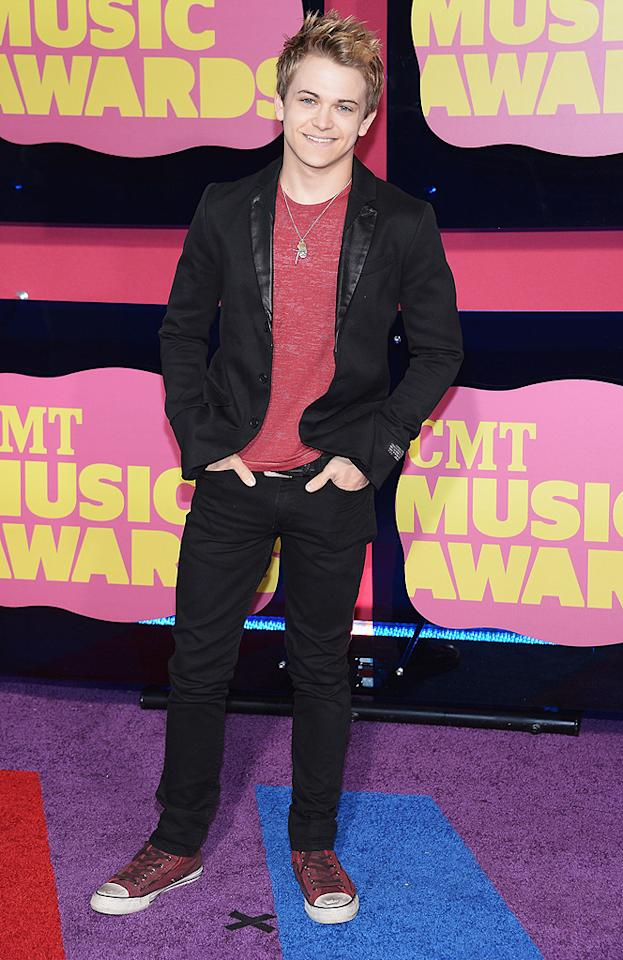 """Louisiana born and raised singer Hunter Hayes, 20, strutted his stuff in a black-and-red ensemble. Hayes, who covered """"Almost Paradise"""" with Victoria Justice for the 2011 remake of """"Footloose,"""" was up for the USA Weekend Breakthrough Video of the Year for his clip """"Storm Warning."""""""