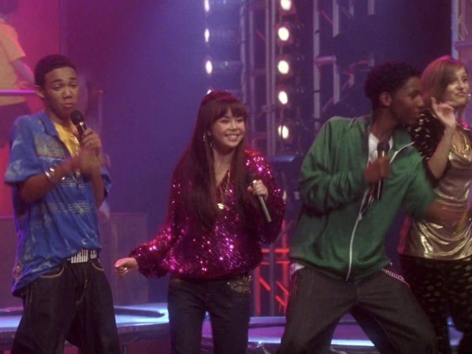 cast of camp rock performing in final jam