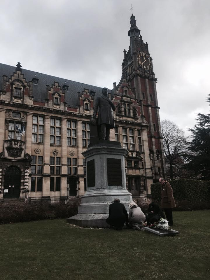 """<em>""""It is probably a woman who is at the origin of this writing, since the secretariat is composed only of women,"""" said Marco Schetgen, dean of the school's Medicine Faculty [Photo: Facebook/ULB]</em>"""