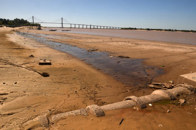 Parched Parana River likely to hit Argentine grain exports through September