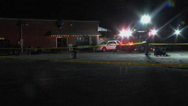 PHOTO: Police on the scene of a fatal shooting at Mac's Lounge in Hartsville, S.C., Jan. 26, 2020. (WPDE)