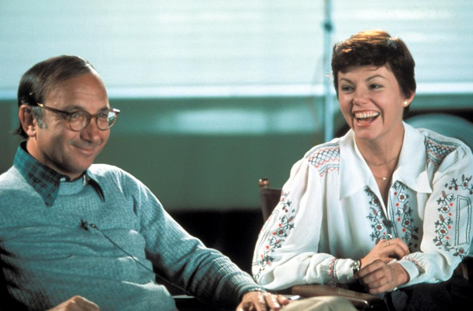 Playwright and screenwriter Neil Simon with 'The Goodbye Girl' star, Marsha Mason (Photo: Courtesy Everett Collection)