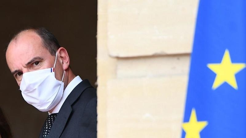 'Don't panic', PM tells French as he hints at contents of €100bn recovery plan