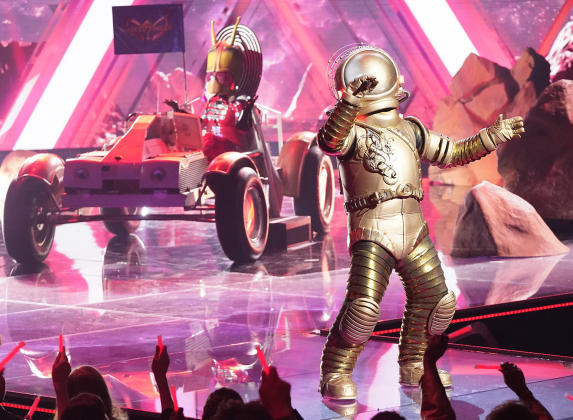 'The Masked Singer' Reveals Another Celebrity Contestant: And the Kangaroo Is…