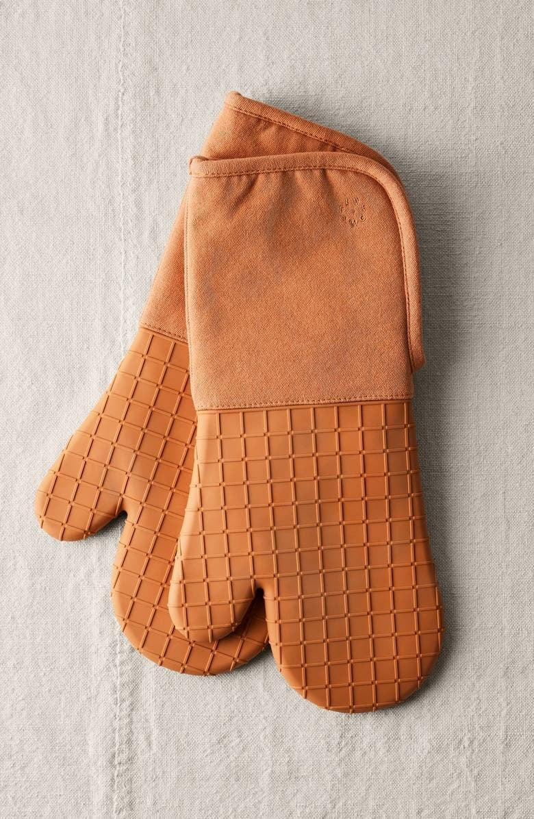 <p><span>Five Two by Food52 Silicone Oven Mitt Set</span> ($32, originally $40)</p>