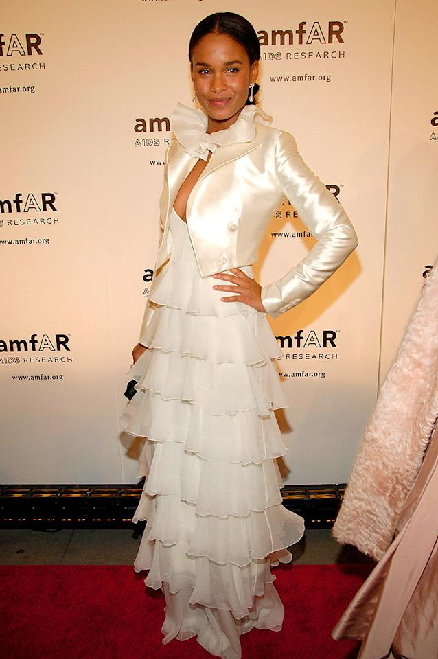"Joy Bryant simply shines in her layered tulle dress. Gary Gershoff/<a href=""http://www.wireimage.com"" target=""new"">WireImage.com</a> - January 31, 2008"