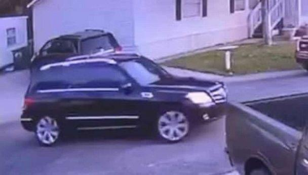 PHOTO: Police say surveillance video shows 13-year-old Amberly Nicole Flores 'willingly' get into a dark Mercedes SUV in Pelham, Alabama, on Jan. 21, 2020. (Pelham Police Department)