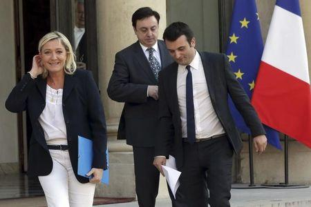 Le Pen's party replacement steps down over Holocaust remarks