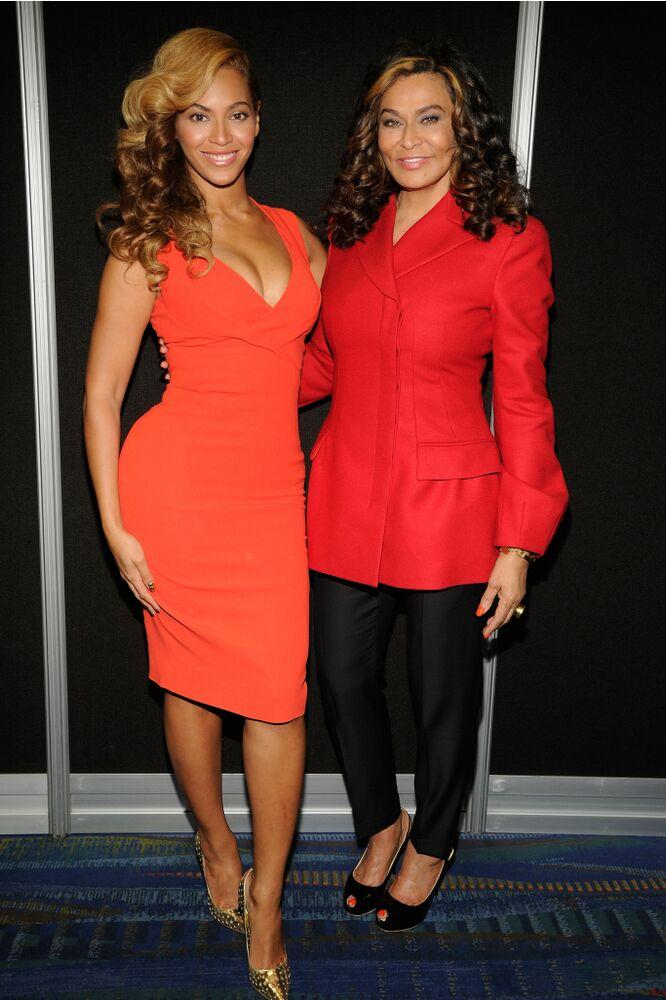 Beyoncé and Tina Knowles-Lawson | Kevin Mazur/WireImage