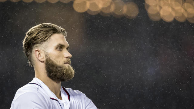 The general thought was that the Giants would want to offer Bryce Harper a short-term contract, but he reportedly has no intention of signing anything other than a long-term deal.