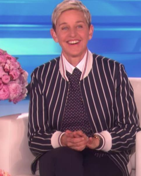 Ellen seemed thrilled to get a serenade surprise from JT. Source: The Ellen Show / YouTube