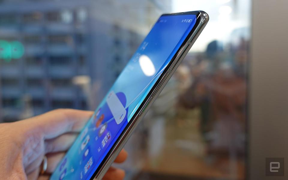 Oppo Reno6 香港動手玩