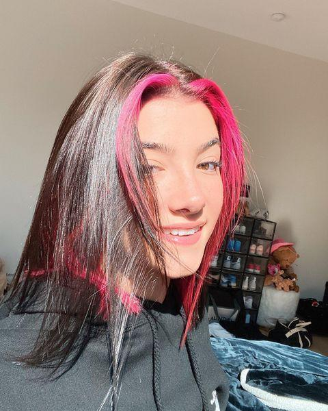 """<p>The TikTok queen herself joined Triller in September 2020. She hasn't posted a ton of videos yet, but she's only just getting started.</p><p><strong>MORE: </strong><a href=""""https://www.youtube.com/watch?v=HvDt6hMjgqM"""" rel=""""nofollow noopener"""" target=""""_blank"""" data-ylk=""""slk:Charli & Dixie D'Amelio Trade Relationship Advice, Talk TikTok Fame, and Answer Fan Questions"""" class=""""link rapid-noclick-resp"""">Charli & Dixie D'Amelio Trade Relationship Advice, Talk TikTok Fame, and Answer Fan Questions</a></p><p><a class=""""link rapid-noclick-resp"""" href=""""https://v.triller.co/85x9Wx"""" rel=""""nofollow noopener"""" target=""""_blank"""" data-ylk=""""slk:Follow Charli on Triller now"""">Follow Charli on Triller now</a></p><p><a href=""""https://www.instagram.com/p/CG5r_7vDQhO/?utm_source=ig_embed&utm_campaign=loading"""" rel=""""nofollow noopener"""" target=""""_blank"""" data-ylk=""""slk:See the original post on Instagram"""" class=""""link rapid-noclick-resp"""">See the original post on Instagram</a></p>"""
