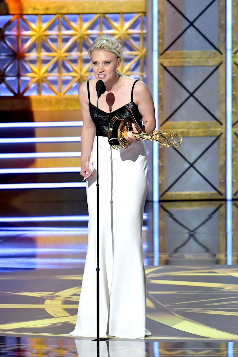 "Actor Kate McKinnon accepts the Outstanding Supporting Actress in a Comedy Series award for ""Saturday Night Live"" onstage during the 69th Annual Primetime Emmy Awards at Microsoft Theater on Sept. 17, 2017 in Los Angeles, California."