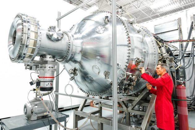 General Fusion says it has the world's largest and most powerful plasma injector, capable of creating a ring of hydrogen plasma 6 feet in diameter and heating it to millions of degrees. This machine is a prototype of the fuel injector for a fusion power plant. (General Fusion Photo)