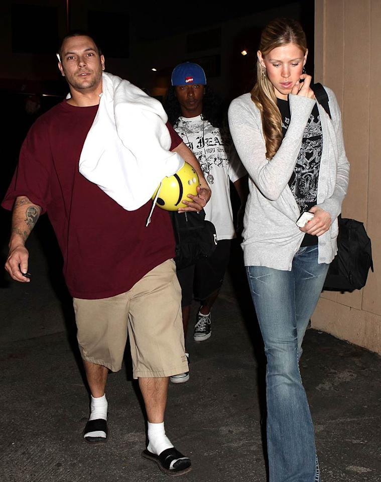 "Kevin Federline brings his own smiley face ball to the bowling alley. Castro/<a href=""http://www.x17online.com"" target=""new"">X17 Online</a> - February 26, 2009"