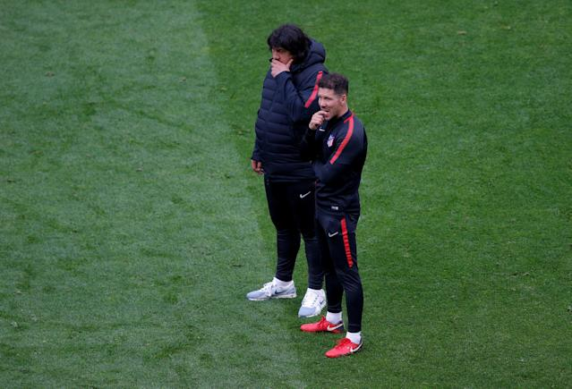 Soccer Football - Europa League Final - Atletico Madrid Training - Groupama Stadium, Lyon, France - May 15, 2018 Atletico Madrid coach Diego Simeone and assistant coach German Burgos during training REUTERS/Vincent Kessler