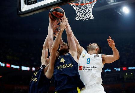 Basketball - Euroleague Final Four Final - Real Madrid vs Fenerbahce Dogus Istanbul - Stark Arena, Belgrade, Serbia - May 20, 2018 Fenerbahce Dogus Istanbul's Nicolo Melli in action with Real Madrid's Felipe Reyes REUTERS/Alkis Konstantinidis