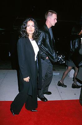 """Premiere: <a href=""""/movie/contributor/1800018952"""">Salma Hayek</a> and <a href=""""/movie/contributor/1800018634"""">Edward Norton</a> at the Beverly Hills premiere of Miramax Films' <a href=""""/movie/1804361439/info"""">Chocolat</a> - 12/11/2000<br><font size=""""-1"""">Photo by <a href=""""http://www.wireimage.com"""">Sam Levi/WireImage.com</a></font>"""