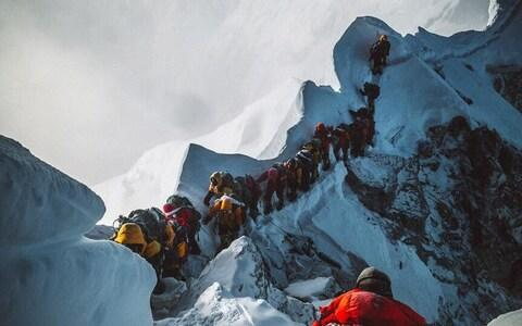 Elia Saikaly's photo shows the line of climbers on Everest