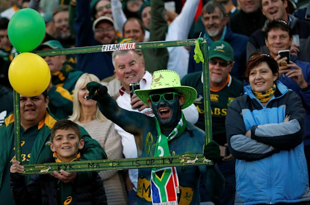 Rugby Union - Second Test International - South Africa v England - Free State Stadium, Bloemfontein, South Africa - June 16, 2018. South Africa's fans react. REUTERS/Siphiwe Sibeko