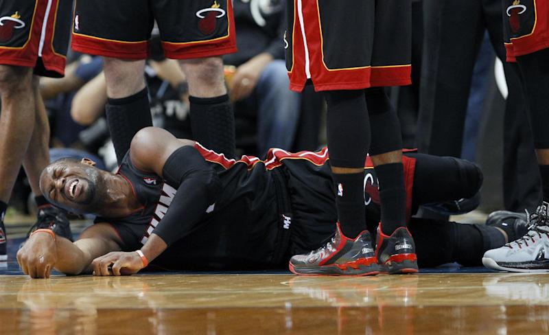 Miami's Wade held out against Pistons